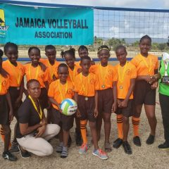 CHANTILLY PRIMARY RETAINS CHAMPIONSHIP